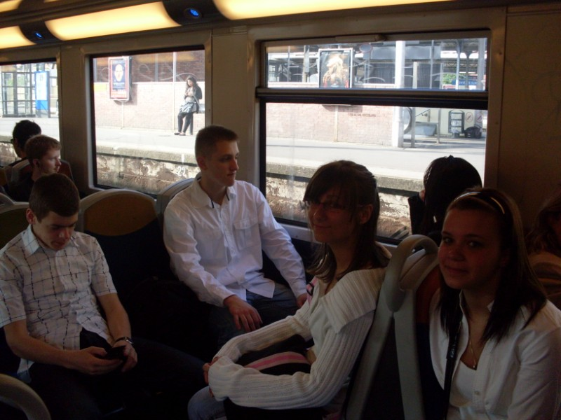 011. Dans le train parisien