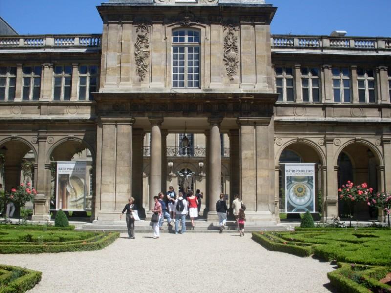 016. Maison de Mme de Sevigne