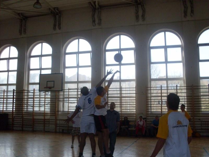 03. Premier match de basket